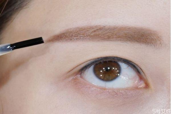 初学者怎么画眼线视频图片