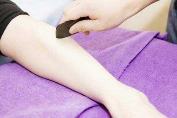 刮痧瘦腿能天天刮吗 刮痧瘦腿的正确方法