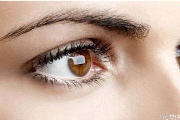 去肿眼泡的手术有什么呢 手术之前要注意什么呢