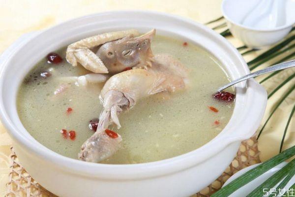 什么汤比较补血呢 产后应该多喝什么汤呢