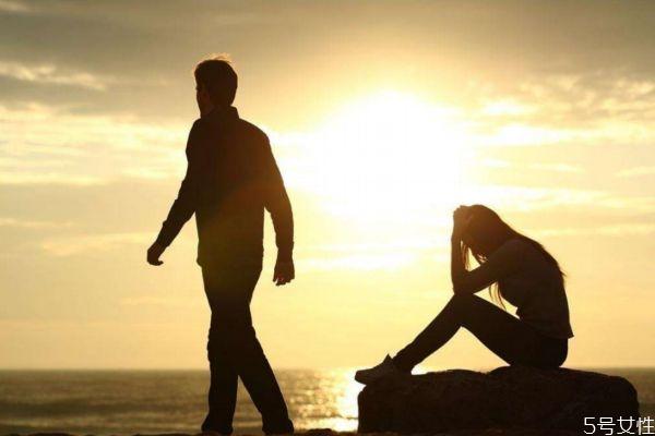 分手后还说做朋友是什么心态 分手后做朋友是什么心理