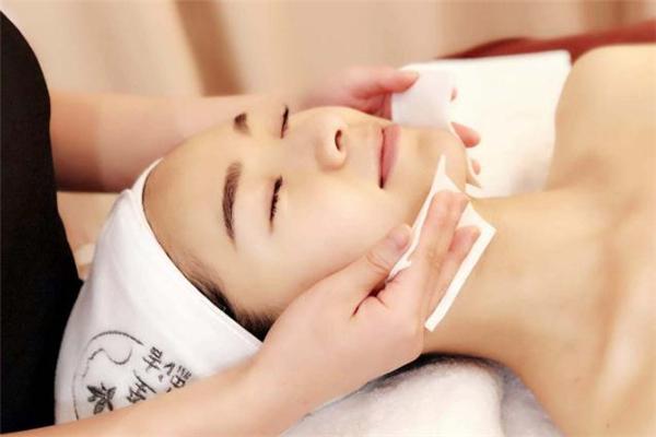 玻尿酸擦脸会反弹吗 玻尿酸灌肤有什么效果