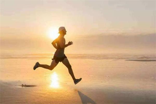晨跑后多久才能吃早餐 晨跑后吃什么早餐好