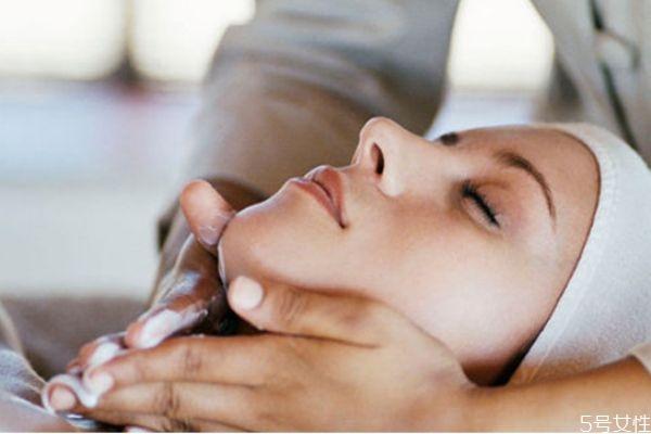 刷酸后多久能洗脸 刷酸正确的护肤步骤