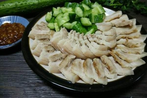 白肉要煮多长时间 白肉怎么煮才好吃