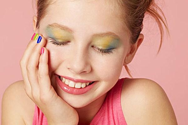 化妆会使皮肤变差吗 怎样化妆是不清洁的