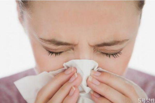 鼻子发红是为什么呢 鼻子红是因为感冒吗