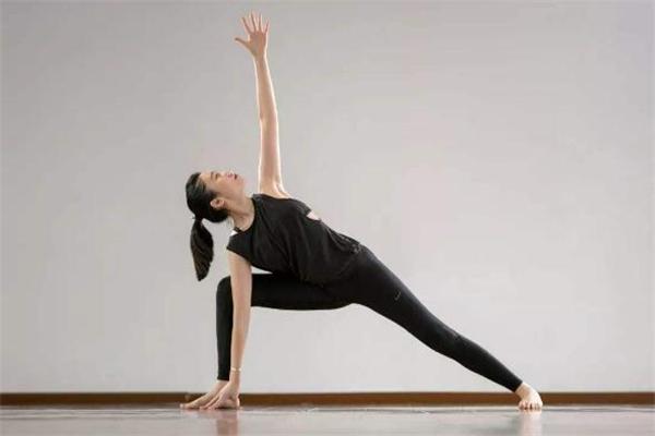 骨盆前倾多久能矫正好 骨盆前倾多久可以恢复
