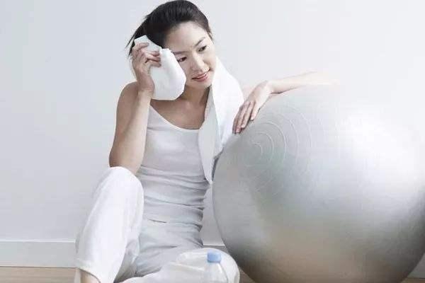 产后吃什么减肥消肿 产后减肥消肿的方法有哪些