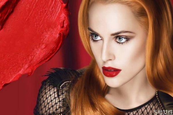 口红适合什么时候使用 怎么看你适合涂口红还是唇釉