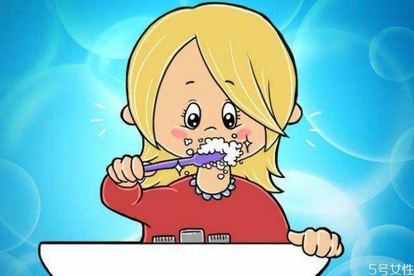 敏感牙齿可以用冷水刷牙吗 用冷水刷牙好吗