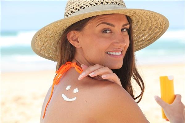 防晒指数高伤皮肤吗 高倍数防晒对皮肤有哪些伤害