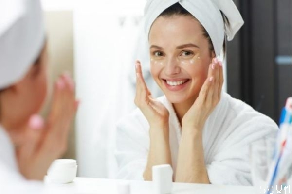 冬天护肤品使用顺序是什么 冬天护肤的正确步骤