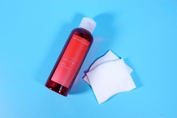 收敛水和化妆水哪个先用 收敛水的使用顺序