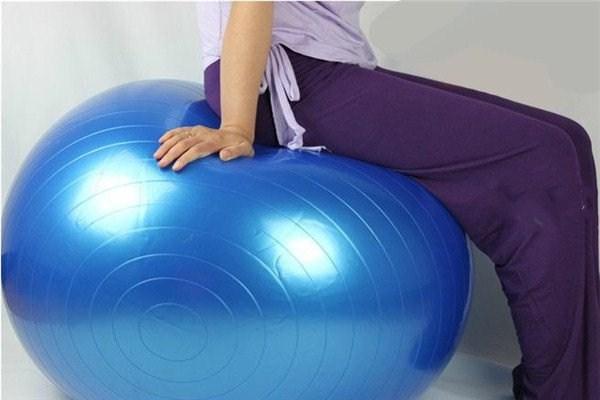 瑜伽球一般买多大的 练瑜伽球有什么好处
