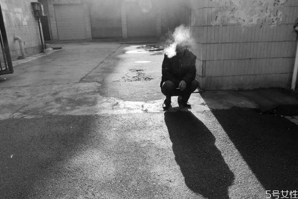 烟的主要成分是什么呢 抽烟的主要危害是什么呢