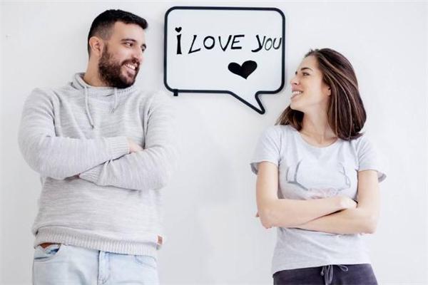 互相暗恋是种怎样的体验 怎样判断两人是不是互相暗恋