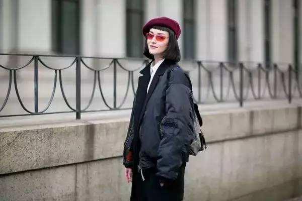 冬天什么颜色的贝蕾帽好看 戴贝蕾帽的技巧