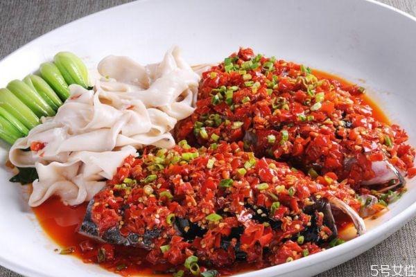 剁椒鱼头怎么做好吃呢 剁椒鱼头有什么营养价值呢
