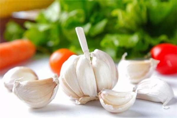 吃大蒜可以增强抵抗力吗 大蒜可以增强免疫力吗