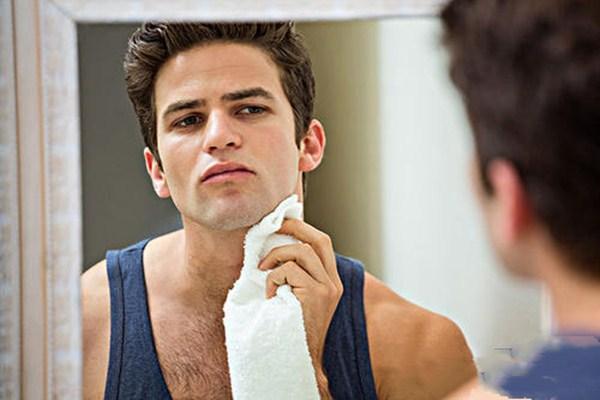 男生用什么洗脸最好 男生洗脸的误区有哪些