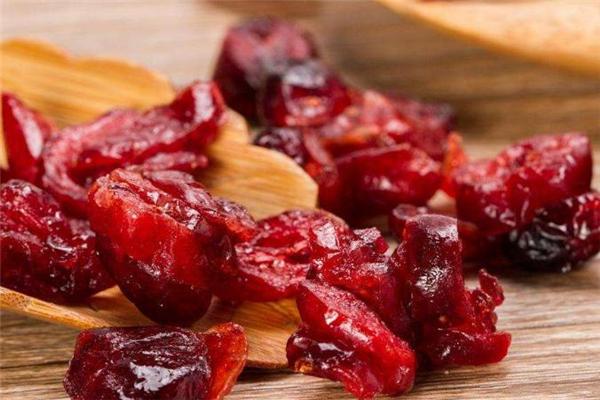 蔓越莓干减肥期间可以吃吗 减肥的人能吃蔓越莓干吗