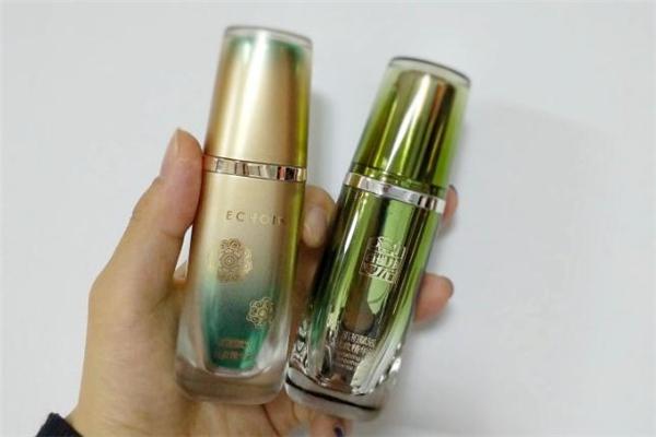 百雀羚小绿瓶适合什么年龄 百雀羚小绿瓶的功效