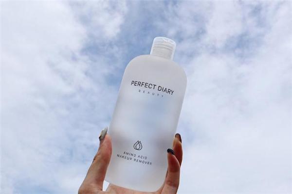 完美日记白胖子卸妆水适合什么肤质-敏感肌能用吗