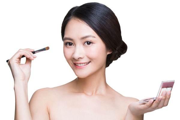 皮肤敏感的人如何化妆 敏感性皮肤有什么特点