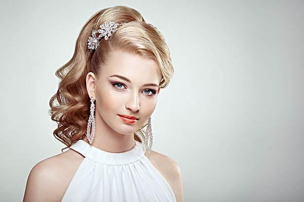 化妆是不是皮肤老得快 长期使用化妆品会有什么危害