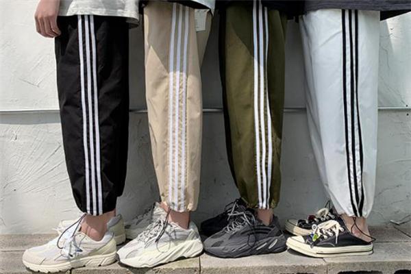 男生穿老爹鞋配什么裤子好看 男生老爹鞋搭配裤子图片