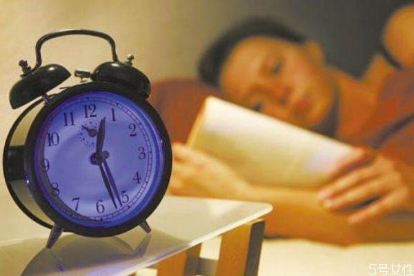 如何治疗失眠呢 治疗失眠的办法有什么呢