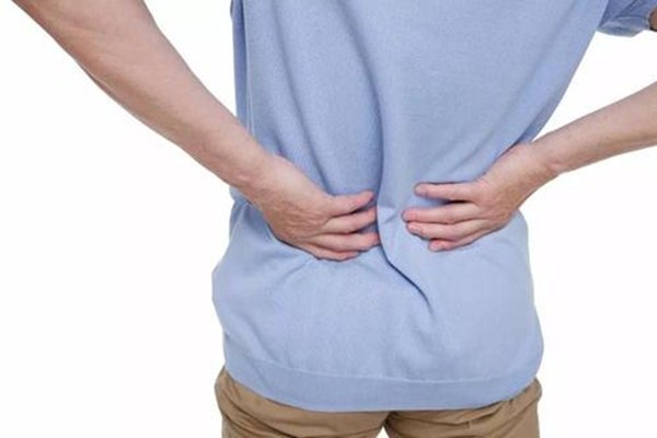 输尿管结石的症状有哪些 输尿管结石怎么排出来