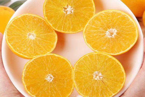 冰糖橙为什么卖不过脐橙 冰糖橙和脐橙哪个甜