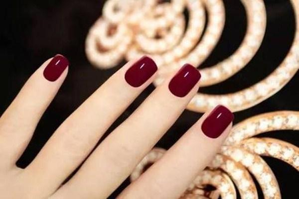 光疗胶光怎样延长指甲 光疗胶的优点有哪些