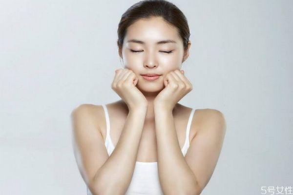 孕期应该怎么护肤呢 孕期护肤要注意什么呢