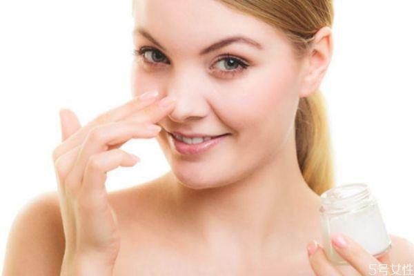 三乙醇胺在化妆品中的作用 护肤品里有三乙醇胺