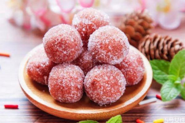 吃糖会牙齿松动吗 吃糖的害处有什么呢