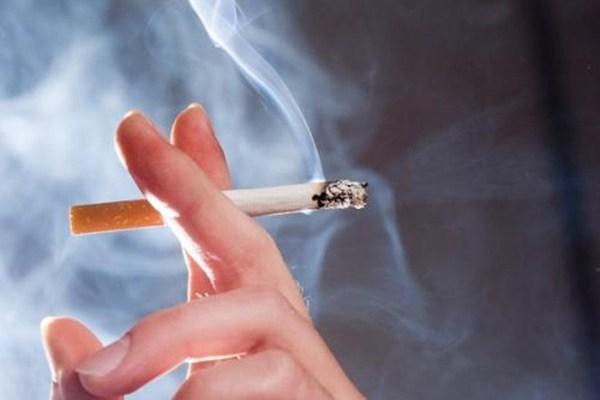 吸烟会导致脱发更严重吗 吸烟为什么会上瘾