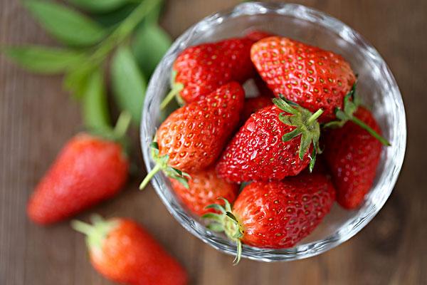 洗草莓为什么不能摘蒂 怎样洗草莓又快又干净