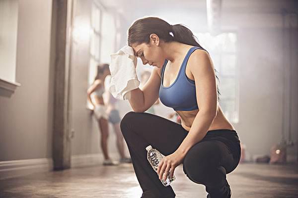 跑步和开合跳哪个更减肥 开合跳做多少有瘦身效果