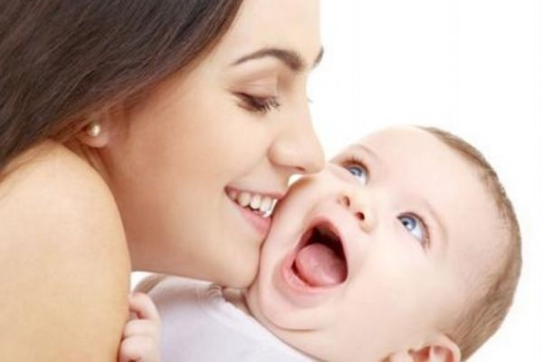 新生儿的小名应该怎么取呢 取名字的技巧有什么呢