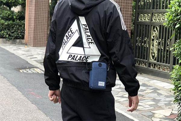 男士手机包有什么款式 男生背什么样的手机包好看