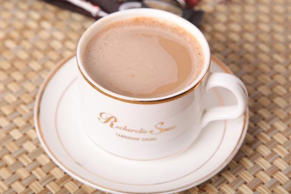 白咖啡的热量高吗 白咖啡为什么能减肥