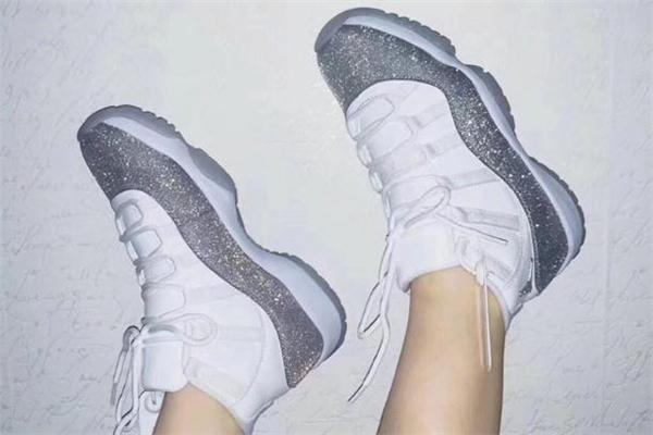 aj11满天星为什么是婚鞋 aj11满天星寓意