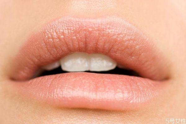 唇炎一般是怎么造成的呢 唇炎的种类有什么呢