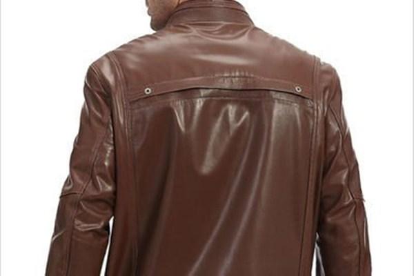 男士皮夹克怎么搭配好看 男士皮夹克简约帅气的搭配推荐