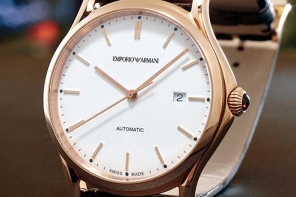 阿玛尼女士手表买什么型号的好 阿玛尼手表有什么特点