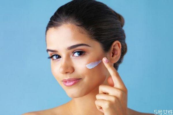 什么导致脸上毛孔变大 导致毛孔变大的主要因素