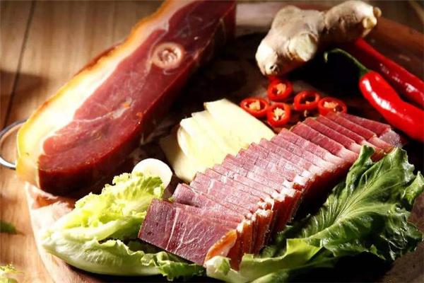 金华火腿和腊肉哪个好吃 金华火腿和腊肉哪个贵